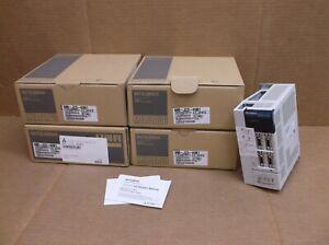 MR-J2S-40B1-Mitsubishi-NEW-In-Box-Servo-Motor-Amplifier-Drive-MRJ2S40B1