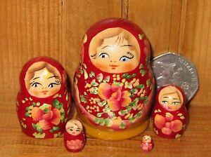 Matryoshka-Russian-NESTING-dolls-MINIATURE-5-TINY-BURGUNDY-signed-Marchenko-ART