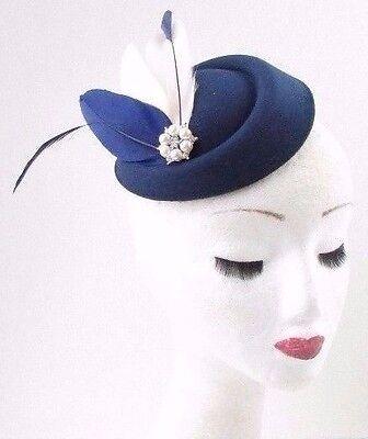 Navy blue gold feather pilulier chapeau fascinator races cheveux vintage argent 40s 571