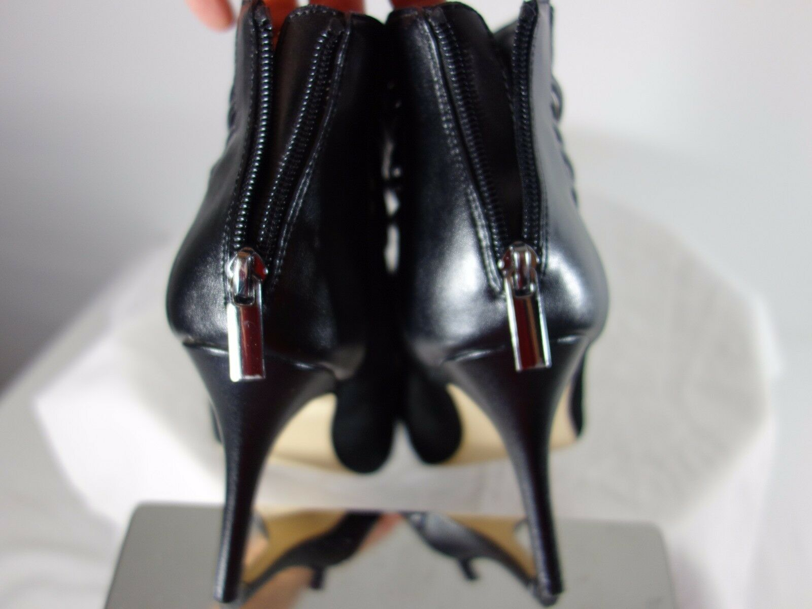 SAKS FIFTH AVE ZIP BLACK SUEDE STILETTOS HEEL ZIP AVE UP BACK OF ANKLE BOOT - SIZE 7 1/2 77935e
