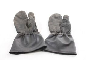 Old-Motorcycle-Gloves-For-Vintage-Motorcycle