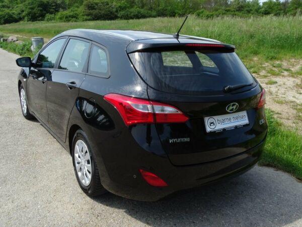 Hyundai i30 1,6 CRDi 110 Trend CW - billede 4