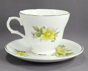 Sadler-Wellington-Yellow-Floral-on-White-Tea-Cup-and-Saucer