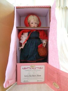 Paradise-Galleries-Porcelain-Doll-Treasure-Collection-034-Little-Red-Riding-Hood-034