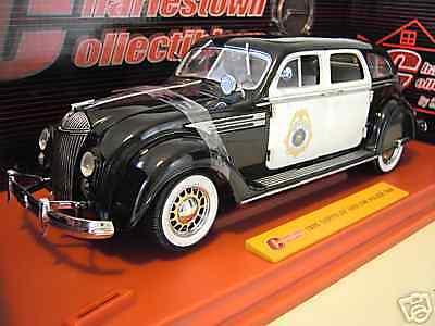 CHRYSLER AIRFLOW 1936 POLICE CAR nero blc 1 18 SIGNATURE 68630 voiture miniature