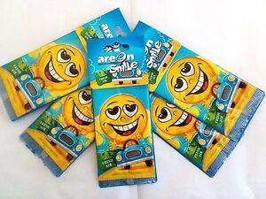 Detalles de 5 X Areon sonrisa:) Coche Ambientadores de aire fresco para Feliz Hogar Oficina Taxi Aroma ver título original