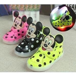 LED-Schuhe-Licht-Maedchen-Junge-Kinder-Farbwechsel-Blink-Leuchtende-Sneaker-Shoes