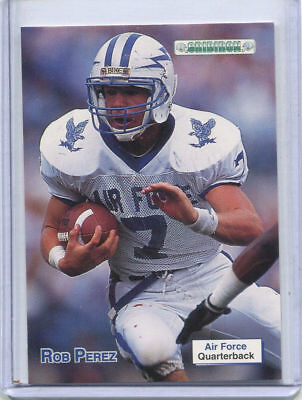 > You Pick 'em Outstanding Features Ingenious 1992 Gridiron College Football Cards > Singles