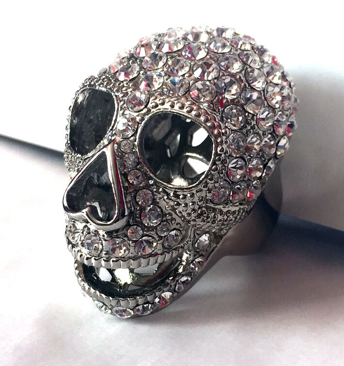 Butler and Wilson Clear Crystal Rhodium Plated XL Skull Ring Size P NEW