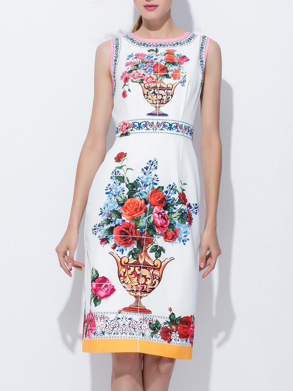 Fashion summer dress never worn... size Medium..