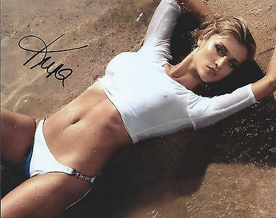 Autographs-original 2019 Fashion Joanna Krupa Laying On The Beach Hand Signed 8x10 Photo Autographed W/coa Numerous In Variety