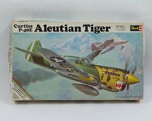 Vintage-1969-Revell-1-32-Curtiss-P-40E-Aleutian-Tiger-Model-Kit