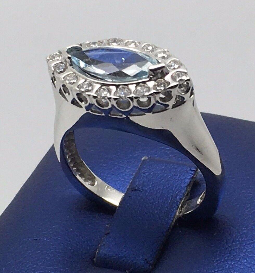 14K WHITE gold BEAUTIFUL AQUAMARINE AND DIAMONDS RING