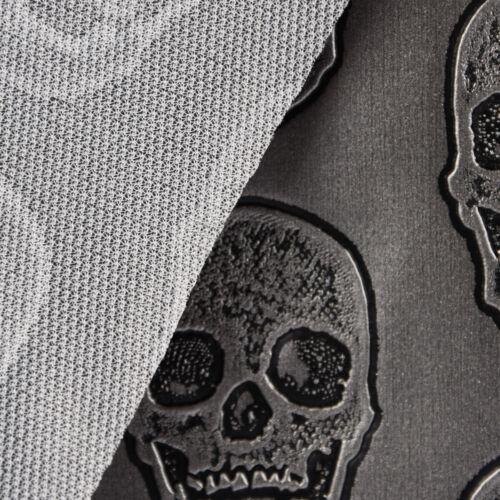 Cuir synthétique en similicuir relief tete de mort Metallic Argent Noir 1,4 m Largeur