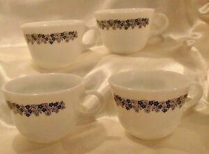 4 Pyrex Spring Blossom Grn Flowers White Milk Glass Mugs Cups Crazy Daisy Coffee