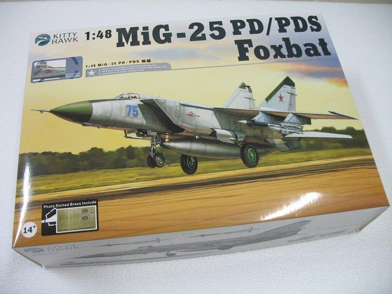 Kitty Hawk 1 48 80119 MIG-25 P PD Foxbat