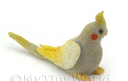 Handmade Dolls House Miniature Grey Baby Cockatiel With Yellow Crest