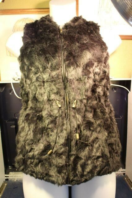 Maurices Faux Fur and Sweater Vest Size M Open Front Soft Sleeveless