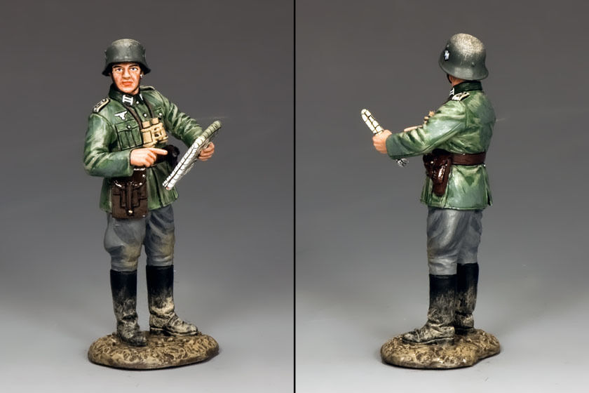 KING AND COUNTRY WWII German Officer with Map  WSS278 WS278