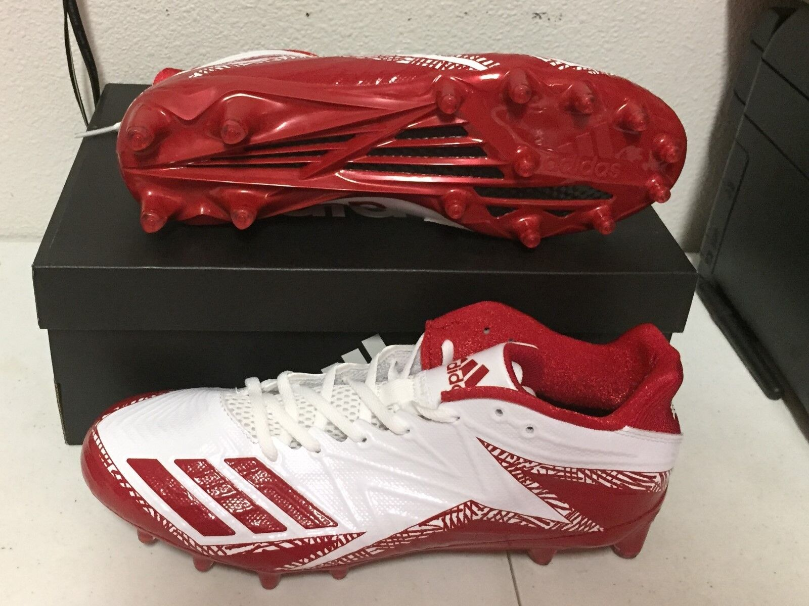 ADIDAS FREAK X CARBON LOW White Red MENS Football Cleats BY3098 NEW