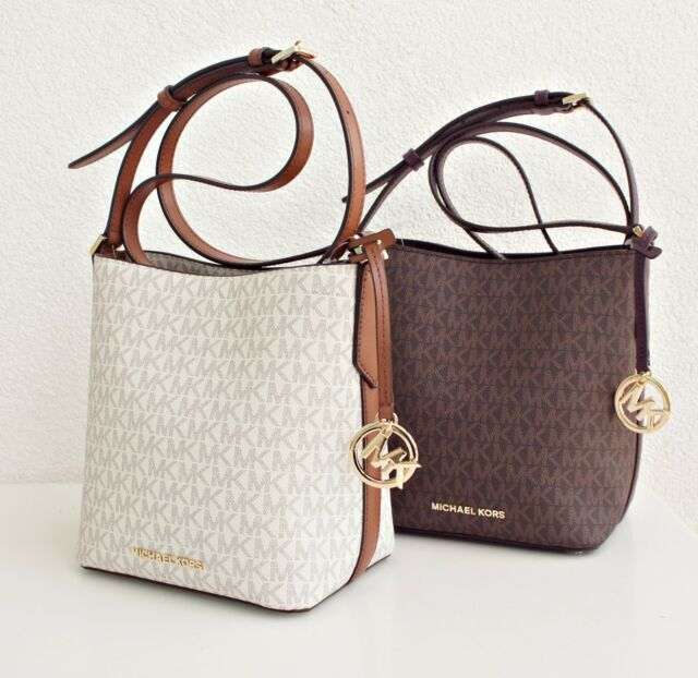 Michael Kors Bag Kimberly Sm Bucket Signature Logo Messenger Vanilla Lugg  New 74bd5b1c8ef34