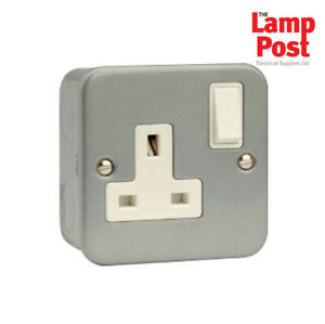 single metal clad socket