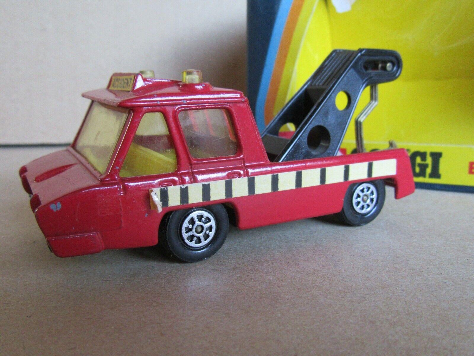 Corgi CH065 Chunkies Tow Truck