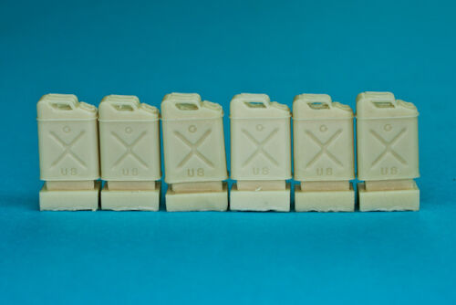 1-35-RB-Model-35D14-US-Army-5-Gallon-tanks-6pcs