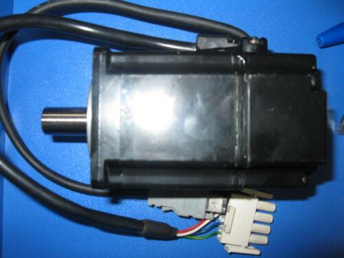 1PCS Yaskawa Electric SGMAH-01AAAG761 Test
