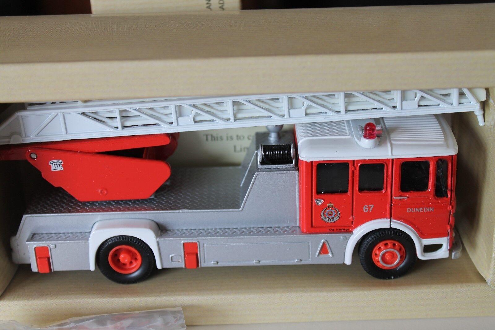 CORGI TOYS  AEC turntable ladder  new zealand fire brigade  Neuf dans sa boîte  Limitée