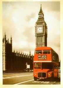 POSTCARD-OF-A-VINTAGE-PHOTOGRAPH-OF-THE-LONDON-TOWER-AND-A-DOUBLE-DECKER-BUS
