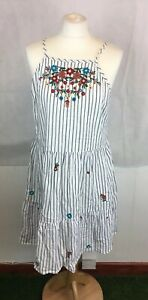 Primark-Sz-14-White-Blue-Striped-Embroidered-Floral-Pattern-Gypsy-Peasant-Dress