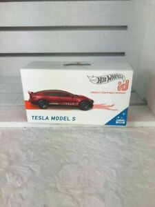NEW-Hot-Wheels-Tesla-Model-S-id-Series1-Uniquely-Identifiable-Vehicles2019