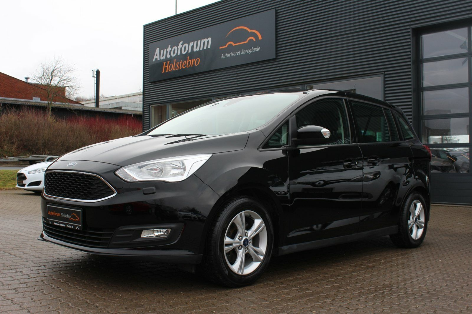 Ford Grand C-MAX 1,5 TDCi 120 Business 5d - 169.800 kr.