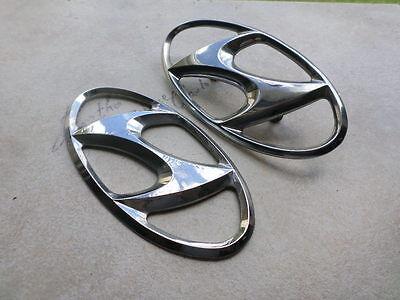 02 06 Hyundai Santa Fe Hood 86300 3a000 Logo Tailgate