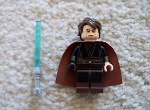 LEGO-Star-Wars-Rare-Original-Anakin-Skywalker-Sith-From-9526-Excellent