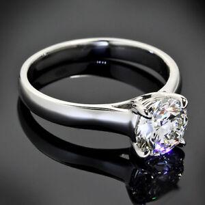 Solitaire-Round-Cut-Diamond-Engagement-Ring-0-73-Carat-VS2-H-White-Gold-14K