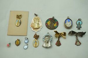 Details about VINTAGE CATHOLIC MEDALS BLUE ENAMEL RHINESTONE PIN ST JUDE  THADEUS POLYCHROME