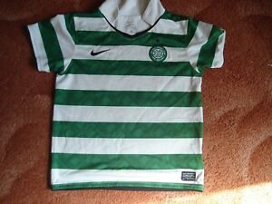 Celtic FC Football shirt green and white hoops home age 57 years - manchester, Greater Manchester, United Kingdom - Celtic FC Football shirt green and white hoops home age 57 years - manchester, Greater Manchester, United Kingdom