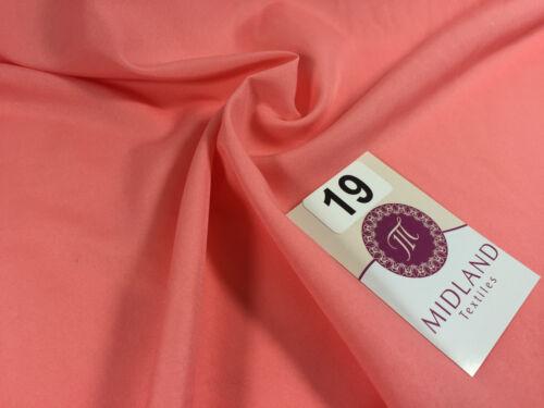 """Soft Lightweight Lining Fabric 39/"""" Wide 100/% Polyester 60 Matt Colours M505 Mtex"""