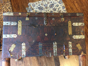 200-YEAR-OLD-EASTERN-LEATHER-BOUND-WOODEN-TRAVEL-CHEST