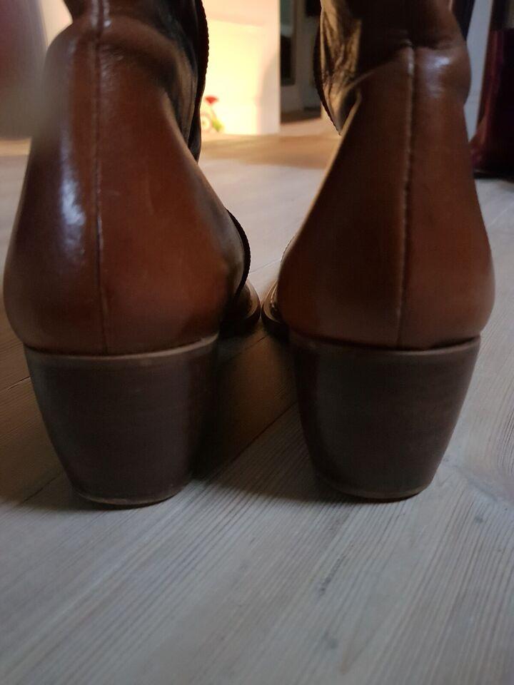 Støvler, str. 36, Brun