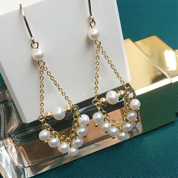 Exquisite 4-5mm natural akoya white round Pearl earrings gold plating(w)