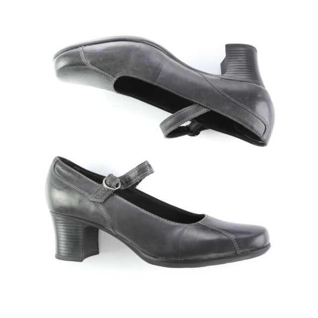 clark's work shoes sale