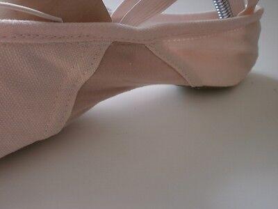 Hochwertige Ballettschuhe Ballettschlaeppchen mit elastischem Einsatz Neu