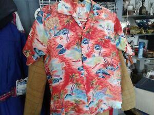 Rare VTG Hawaiian Silky Rayon Shirt Rundhalsausschnitt Schleife Tahiti Small Made in Japan