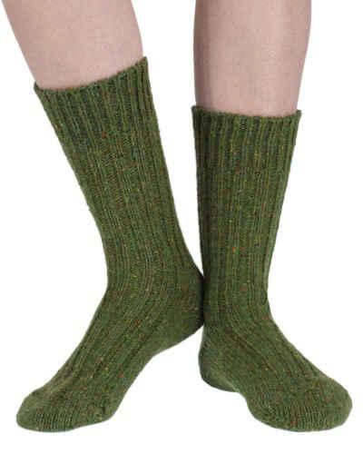 Gleannta warm wool boot// sofa socks in mossseriouslysillysocks