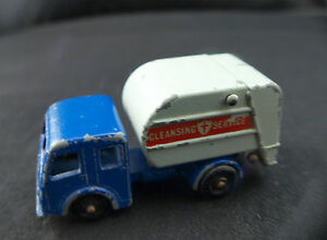 Matchbox-n-15-Tippax-refuse-collector-truck-camion-poubelles-ancien