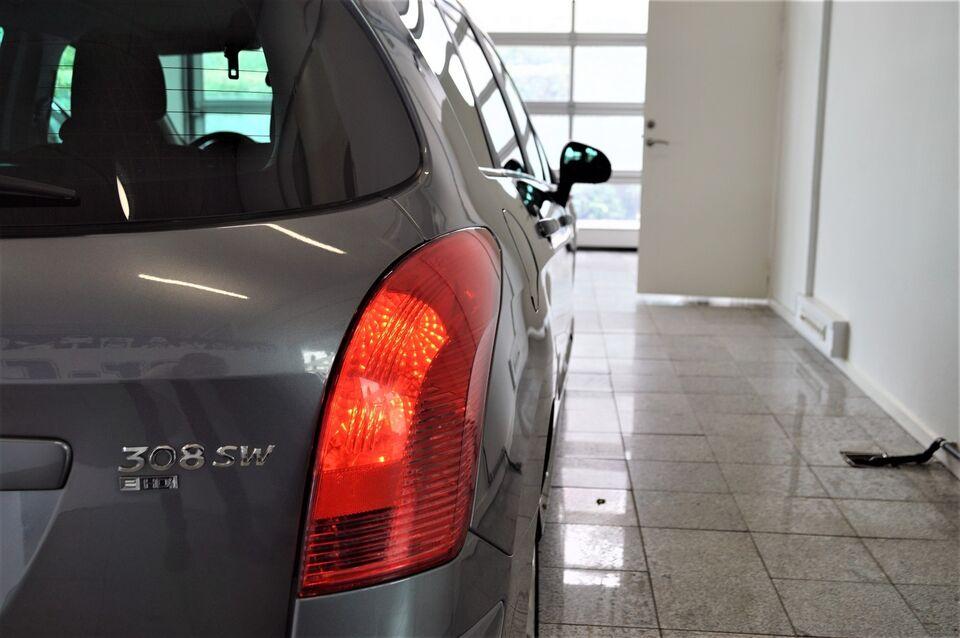 Peugeot 308 1,6 e-HDi 112 Sportium SW Diesel modelår 2011 km