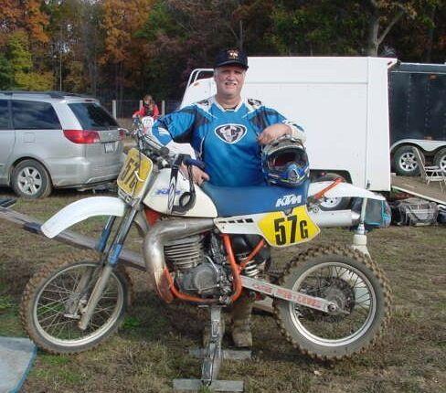 Maico KTM Husky Bultaco Penton YZ WR PE RM KX CR 6mm Exhaust Rubber Mount NEW!